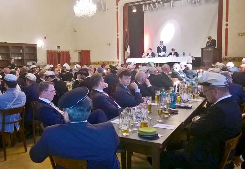Aktuelles Stiftungsfest Borussia Halle 16 06 17 1 V1 800x550