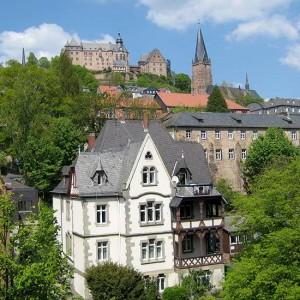 Lutherische Pfarrkirche Und Schloss Im Blick